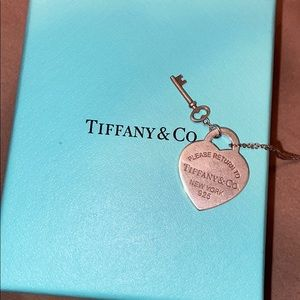 Tiffany and Co Return to Tiffany Pendant Necklace